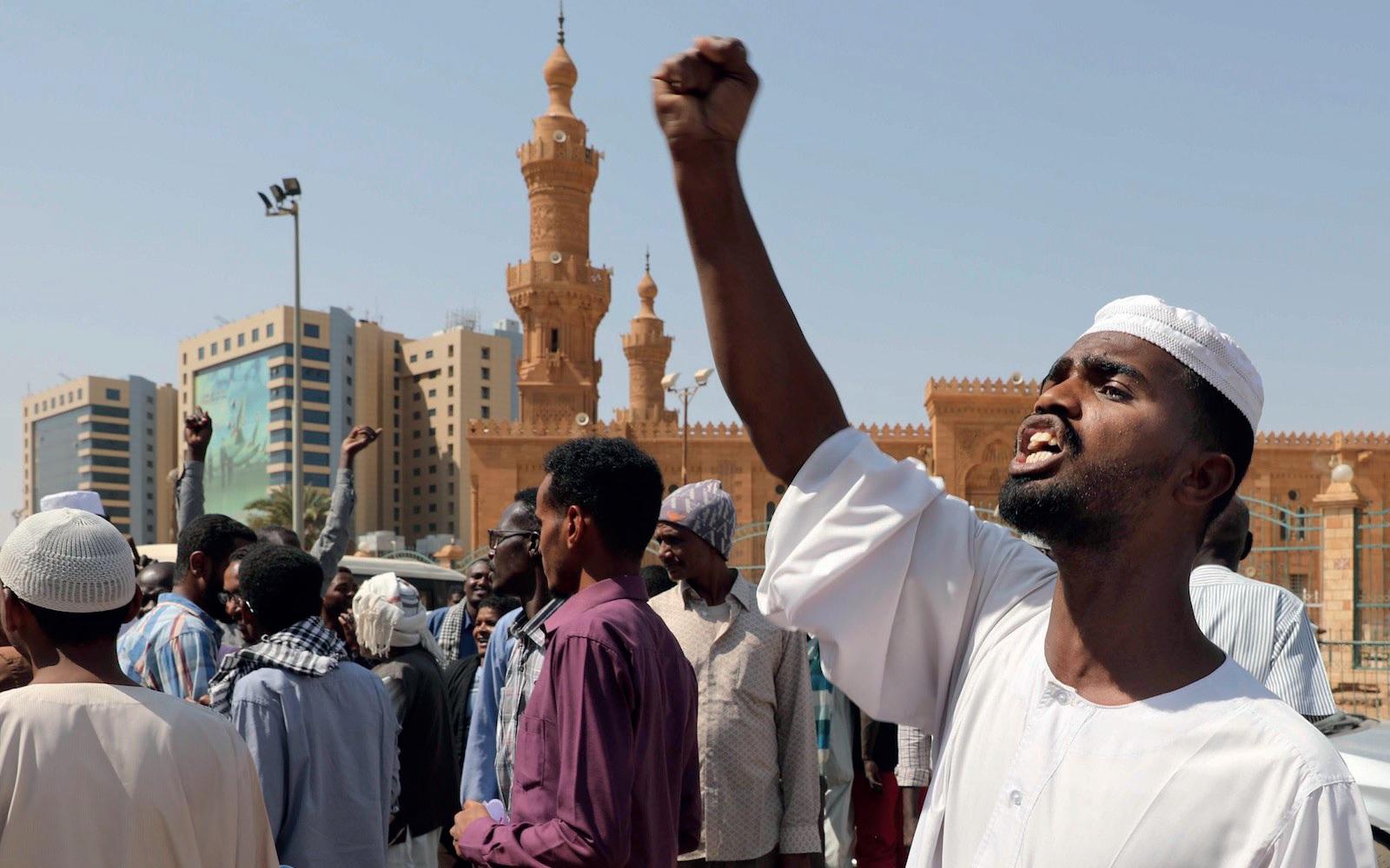 SUDAN'IN KAMU DİPLOMASİSİNDE TARİKATLAR VE CEMAATLER'İN ROLÜ